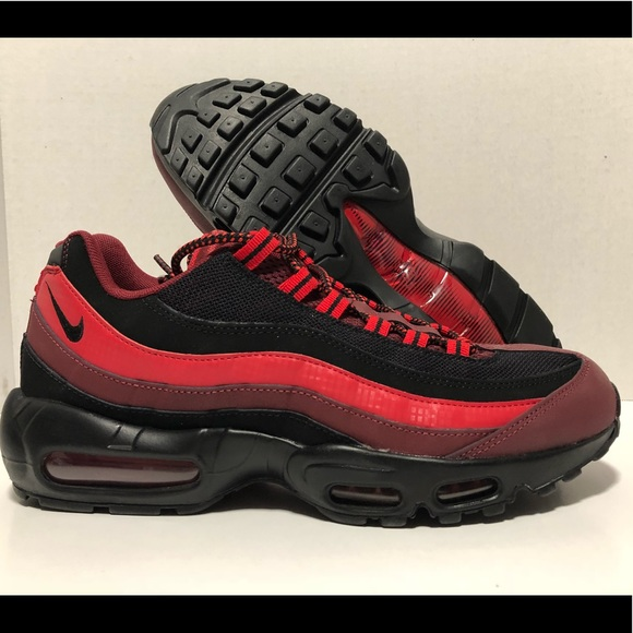 Nike Red Black Air Max 95 Essential Running Shoes NWT